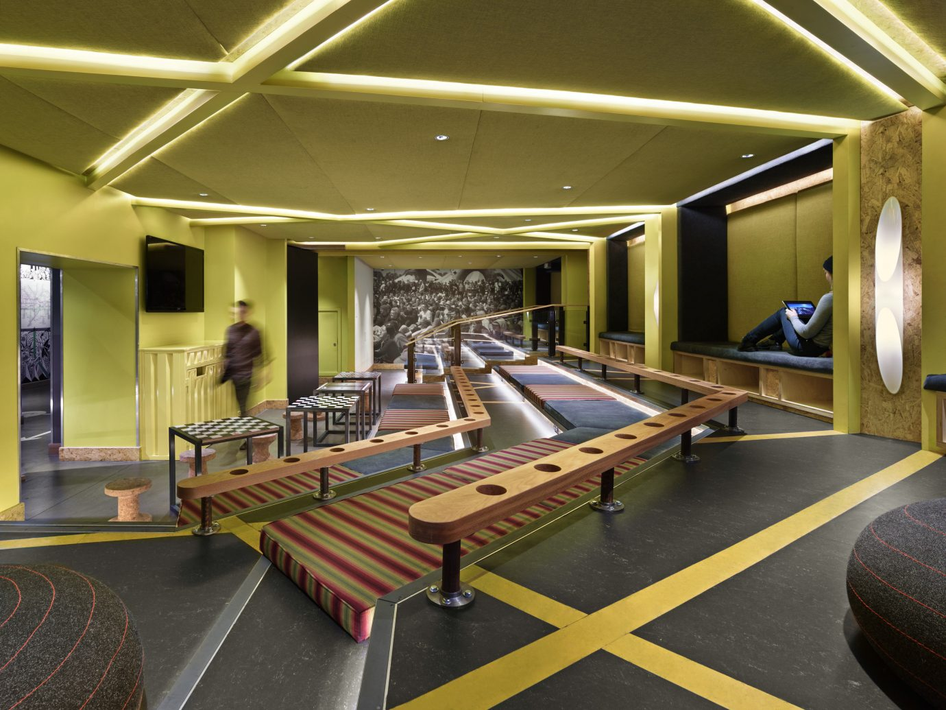 Budget Hotels London indoor ceiling floor recreation room room sport venue interior design estate Lobby living room Design conference hall furniture area