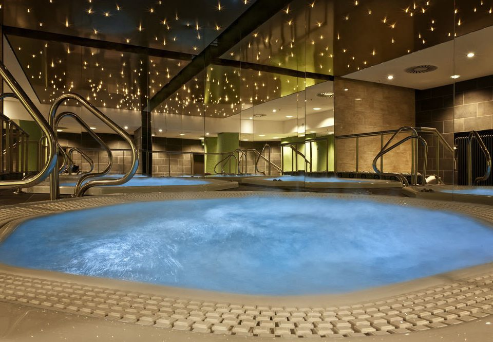 swimming pool leisure centre jacuzzi