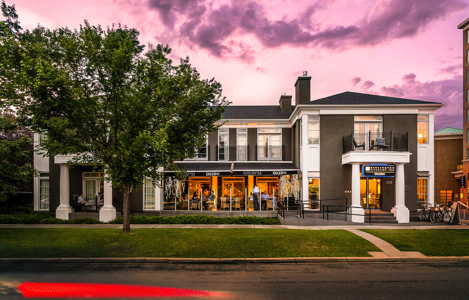 Alberta Boutique Hotels Canada Hotels home house residential area property mixed use neighbourhood Architecture real estate sky building suburb estate tree facade cottage mansion evening City elevation window Villa