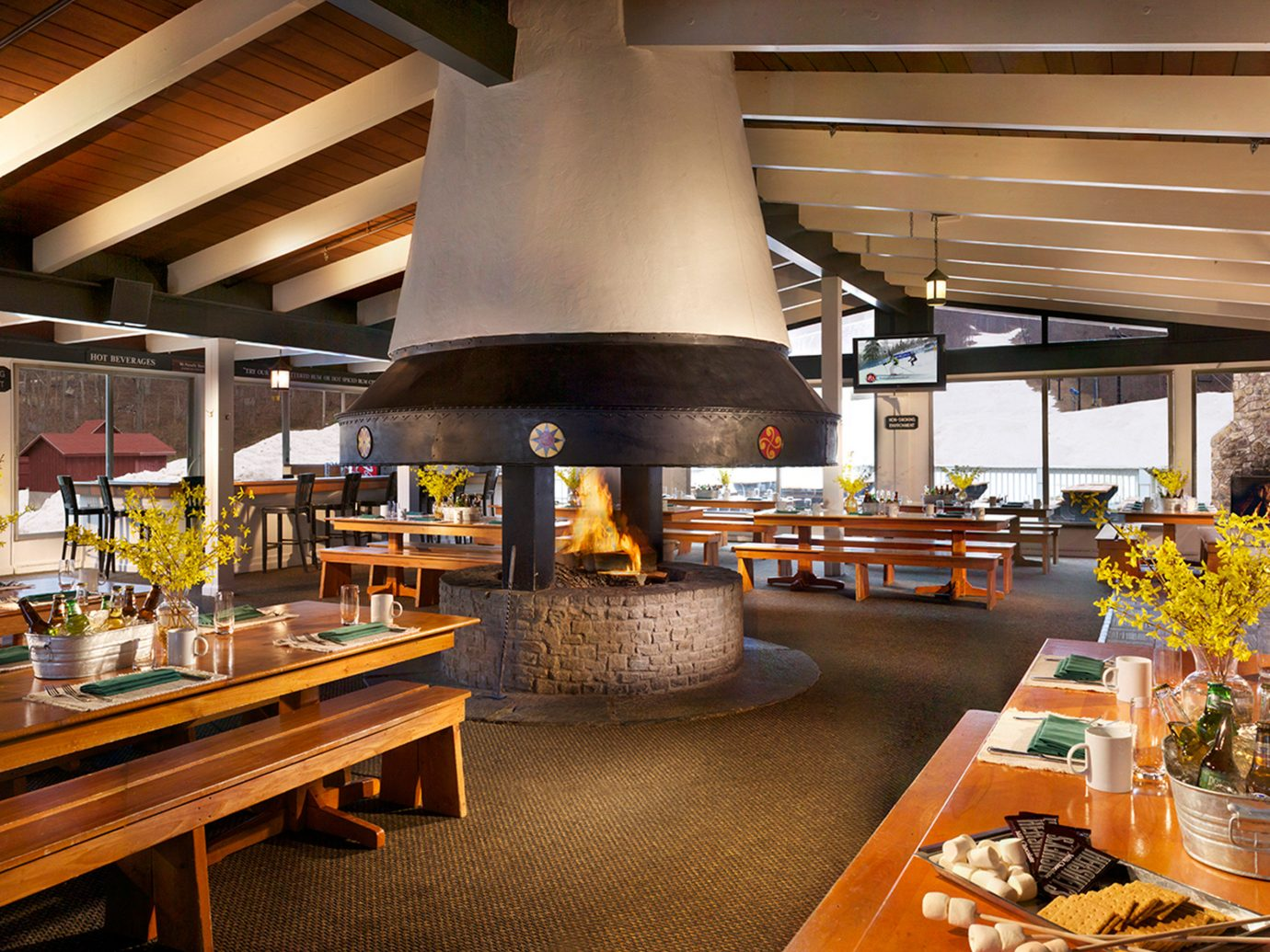 Country Dining Drink Eat Historic Lounge Romance Trip Ideas Weekend Getaways indoor table ceiling meal restaurant interior design cafeteria wood Lobby buffet Design bakery food court