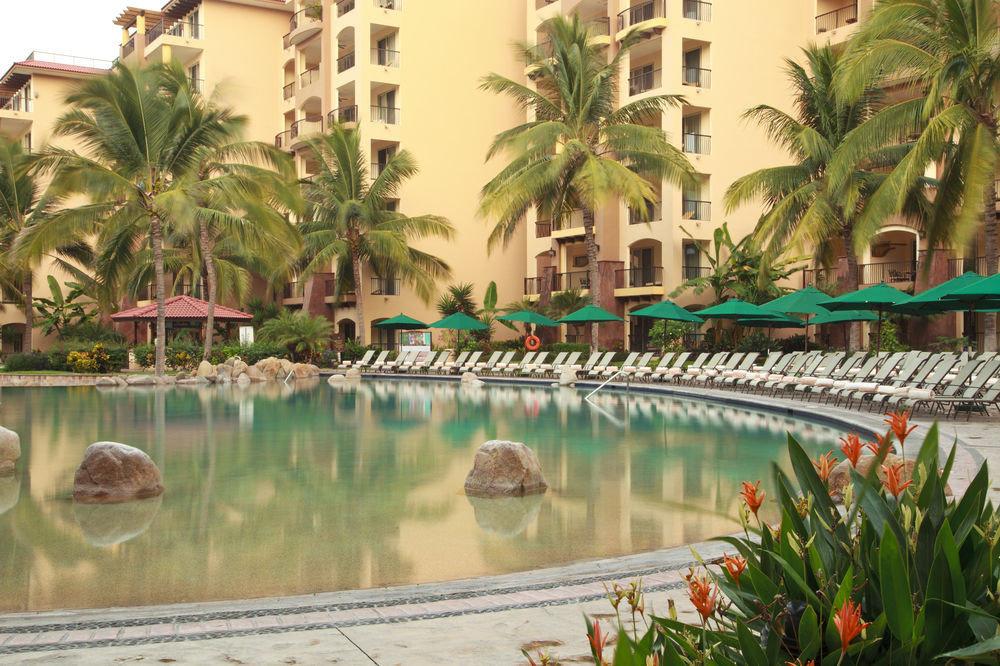 swimming pool property Resort plant palm arecales condominium Jungle lined