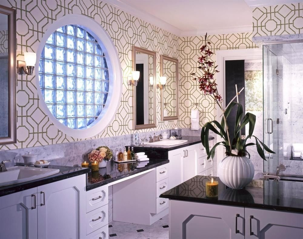 property white home counter cuisine classique Kitchen cabinetry mansion bathroom cottage appliance painted