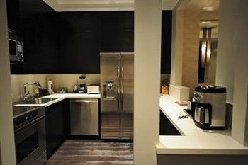 property countertop Kitchen sink cottage appliance