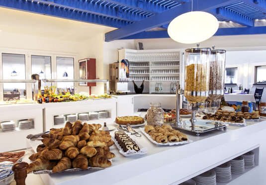 food Kitchen bakery counter breakfast brunch home buffet