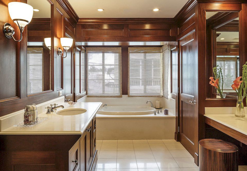 bathroom Kitchen property sink cabinetry countertop home hardwood cuisine classique cottage clean