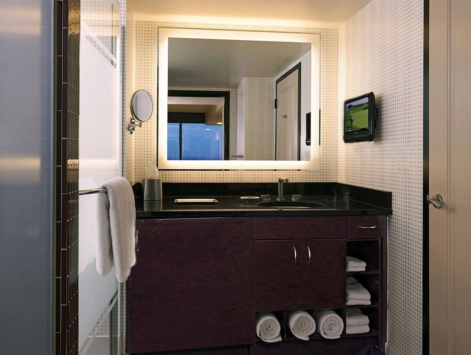 bathroom mirror property home house cabinetry condominium Kitchen door