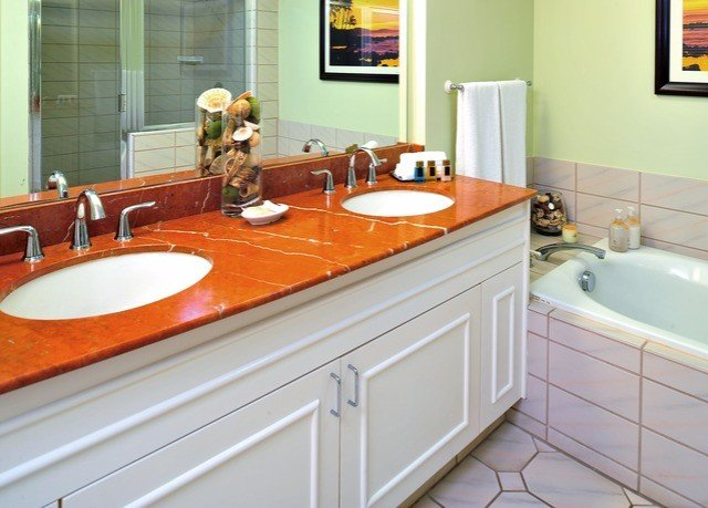 bathroom sink property countertop cuisine classique Kitchen hardwood home plumbing fixture counter flooring cottage cabinetry tile