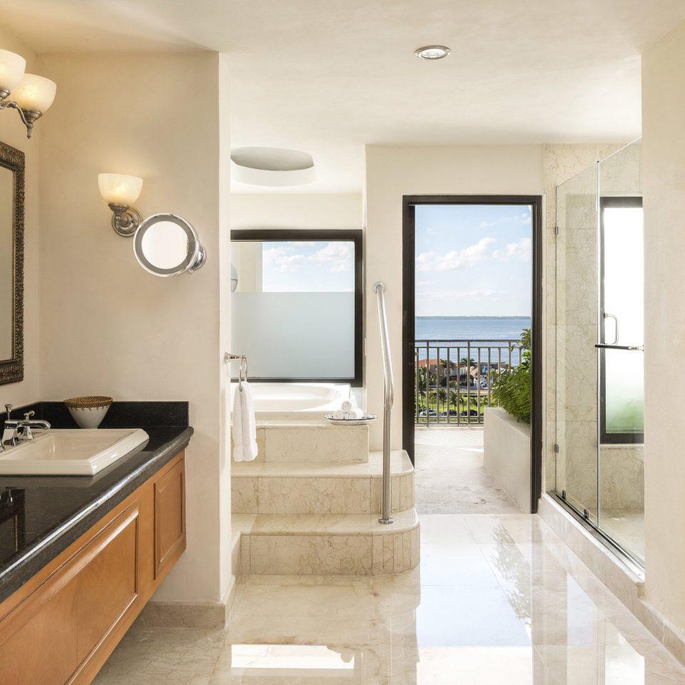 property home bathroom hardwood cottage Kitchen condominium