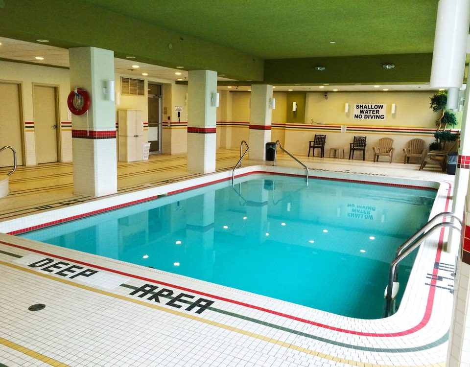 swimming pool Kitchen leisure property leisure centre billiard room recreation room jacuzzi
