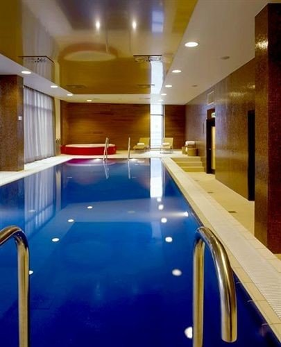 swimming pool Kitchen leisure centre billiard room recreation room