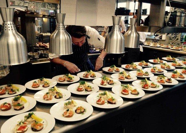 plate food Kitchen cuisine culinary art buffet supper brunch sense cook counter restaurant breakfast