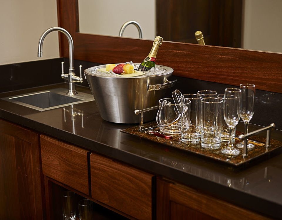 cabinet Kitchen counter countertop cabinetry home sink cuisine classique material glass stainless steel silver