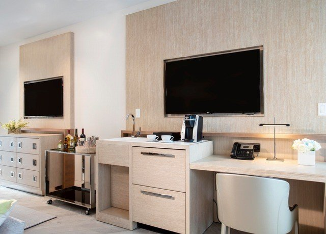 property cabinetry cuisine classique Kitchen home countertop cuisine living room