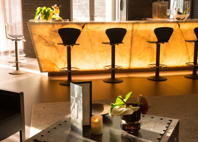 wine lighting Kitchen glass restaurant