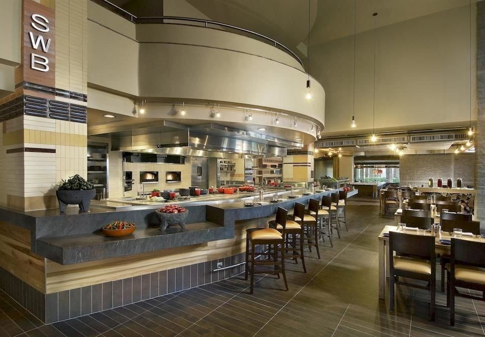 Kitchen Lobby restaurant cafeteria convention center function hall counter