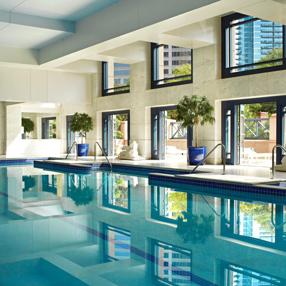 Lounge Luxury Pool property swimming pool house condominium home mansion Kitchen