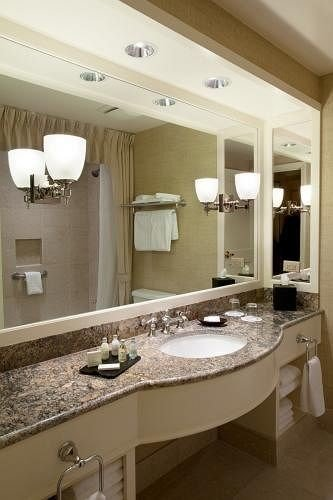 bathroom mirror sink toilet property countertop Kitchen home cabinetry cuisine classique vessel counter double vanity cottage bathtub Modern