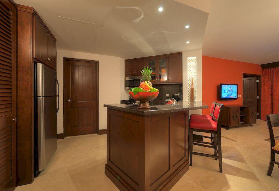 property home hardwood Suite Kitchen cabinetry living room cottage basement Modern