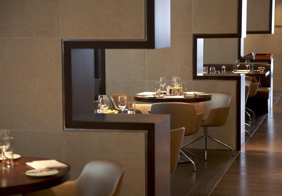 property home hardwood living room Kitchen lighting restaurant Suite flooring Modern