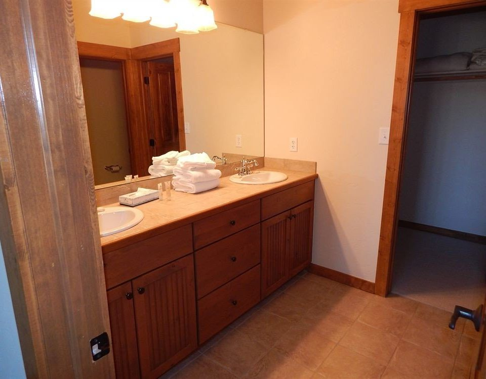 cabinet bathroom property house sink cottage home Kitchen Suite