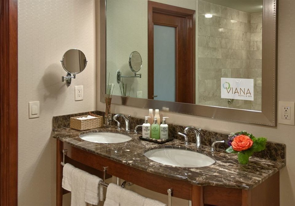 bathroom sink mirror property counter home countertop Kitchen cabinetry cottage Suite vanity
