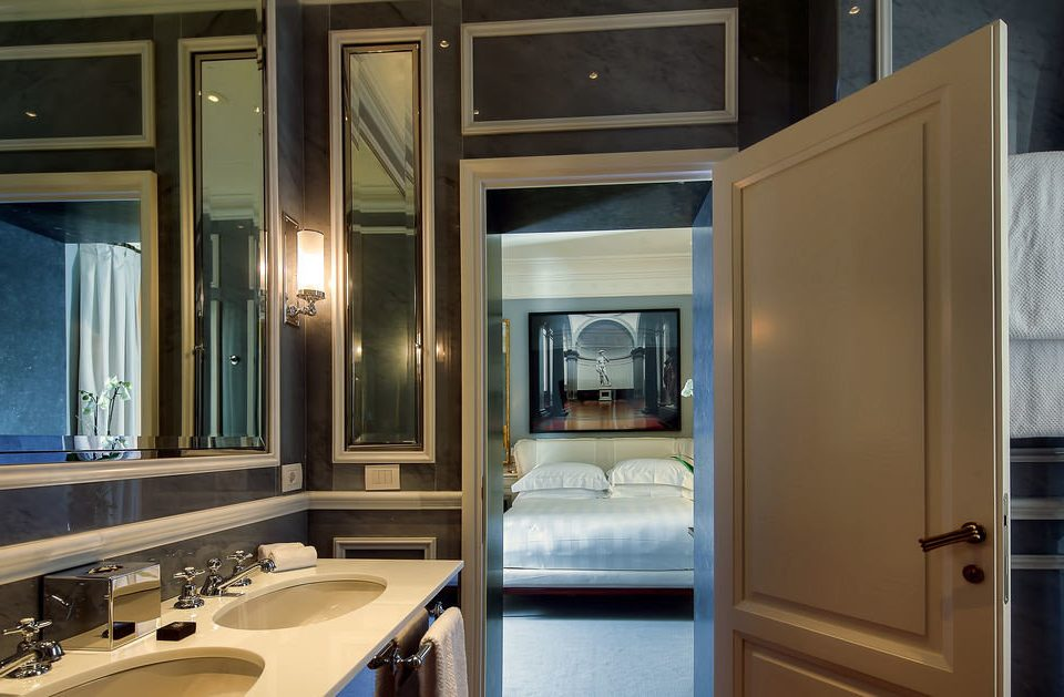 bathroom sink property home house Kitchen vehicle yacht Suite cottage cabinetry