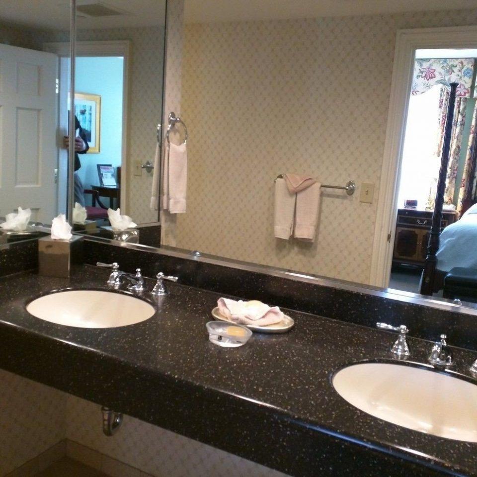 bathroom sink mirror large property countertop toilet vanity counter double home Kitchen Suite material plumbing fixture clean