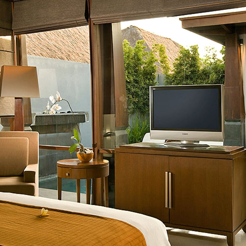 property home house living room condominium Suite lighting cottage cabinetry Kitchen