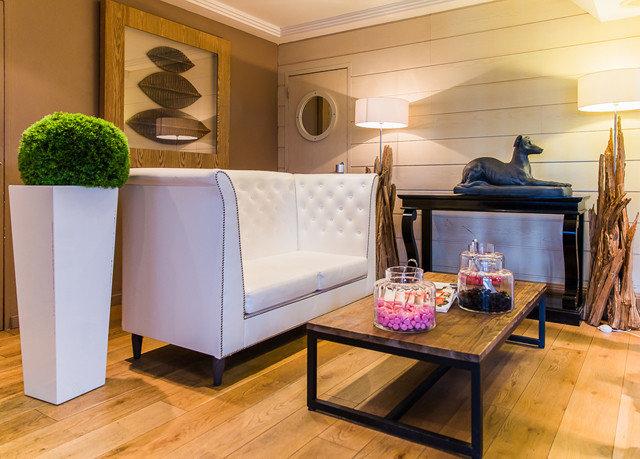 property living room home hardwood cottage cabinetry Suite wood flooring flooring Kitchen