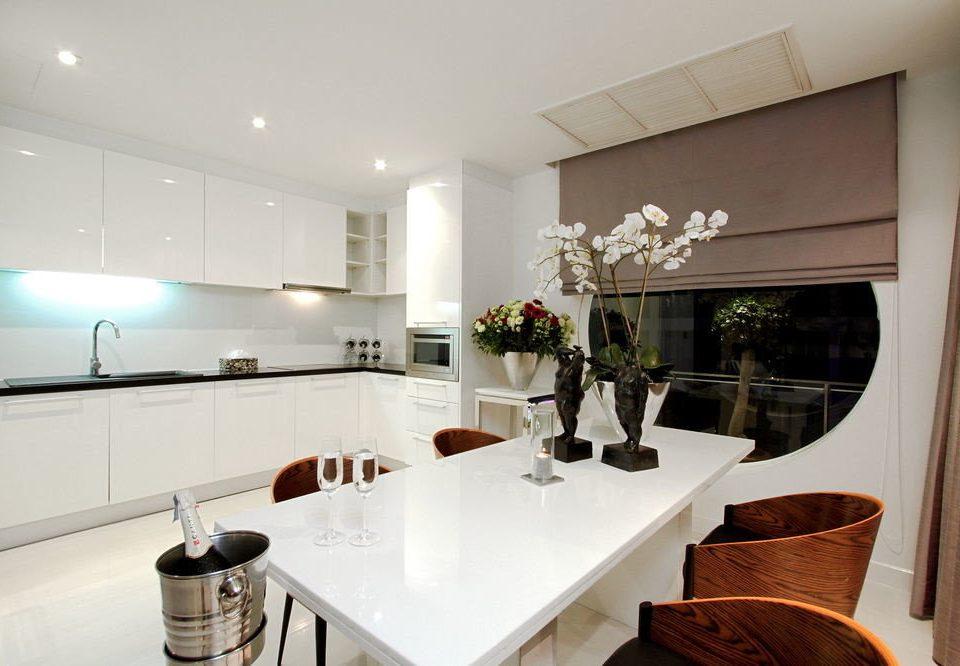 property home counter living room sink Kitchen condominium Suite