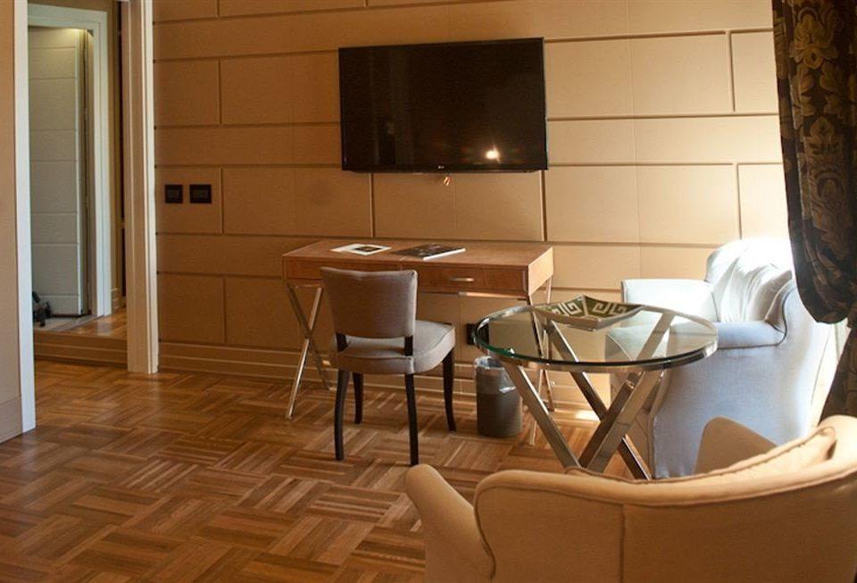 property home hardwood living room cottage flooring Kitchen wood flooring Suite
