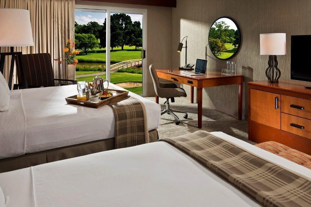 property home Kitchen countertop hardwood cottage living room condominium Villa Suite