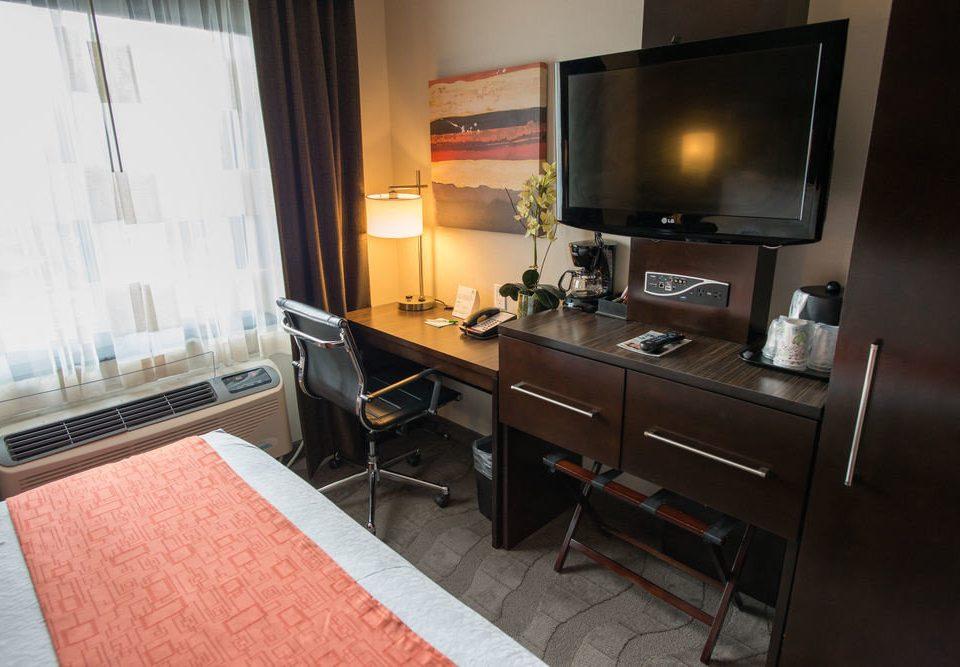 property house home Suite cottage living room Kitchen condominium loft Villa kitchen appliance