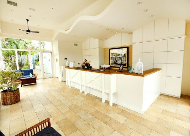 property Kitchen hardwood living room home wood flooring flooring laminate flooring Villa cottage condominium tile tiled appliance