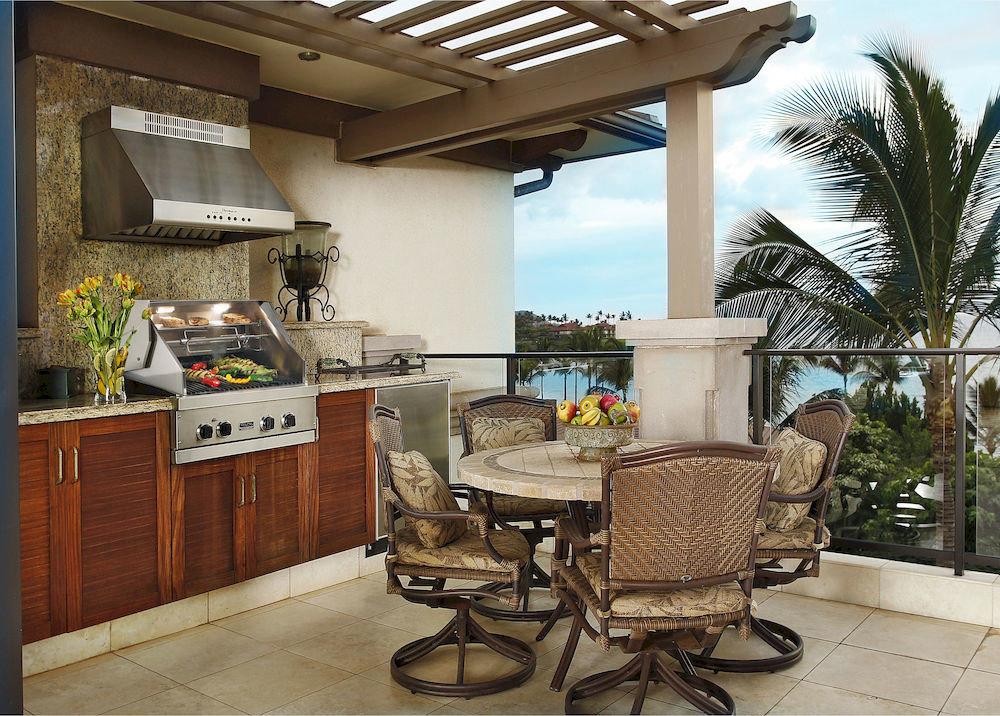 property home living room cottage Villa farmhouse porch condominium Kitchen outdoor structure