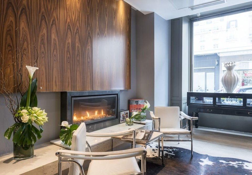 property living room home condominium cottage Kitchen Villa hearth
