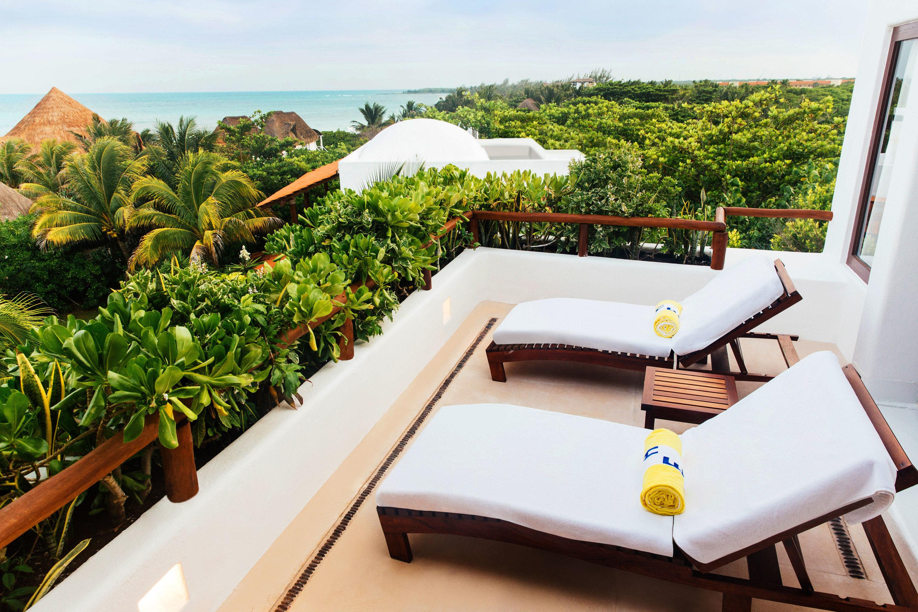 Hotels Romance sky leisure property Resort vacation Villa estate home swimming pool