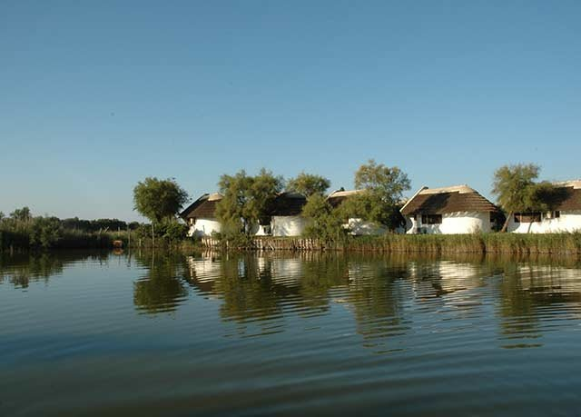 water Nature Lake waterway pond Lagoon surrounded shore