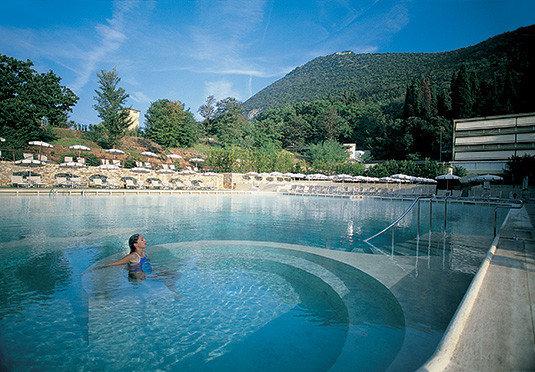 water sky mountain swimming pool leisure water sport swimming Resort Sport resort town Sea Pool Lagoon Lake blue