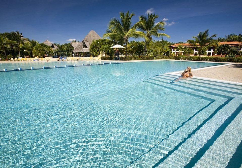 sky water swimming pool property leisure Resort Nature caribbean Villa Sea Lagoon shore