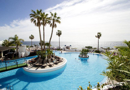 sky tree water Resort swimming pool property leisure Pool caribbean condominium arecales resort town Villa Lagoon Water park palm blue swimming