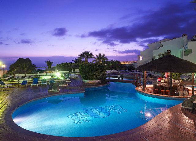 sky swimming pool property blue Resort Sea Lagoon dusk