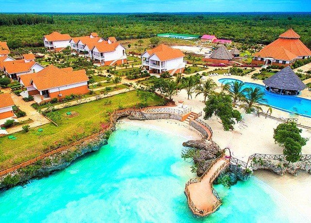 leisure Resort property Water park swimming pool caribbean resort town amusement park Lagoon Village surrounded