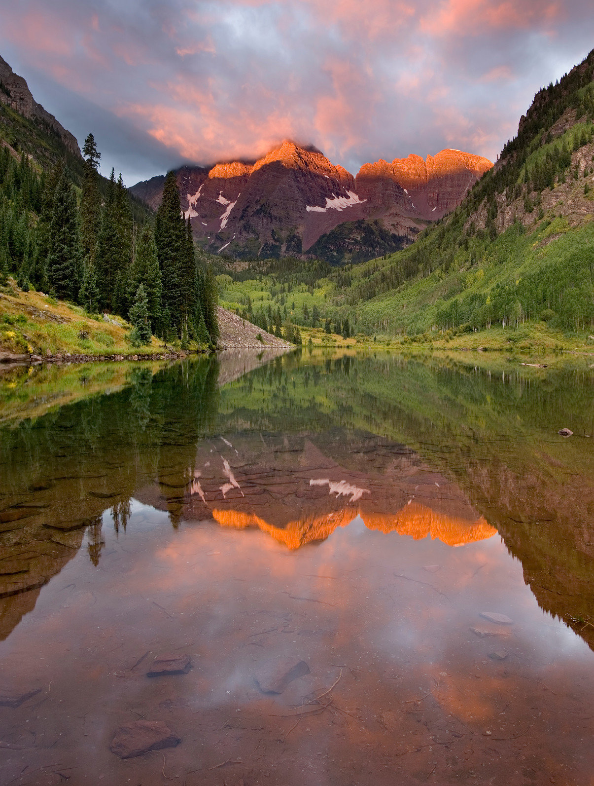 Lake Mountains Nature Outdoors Scenic views mountainous landforms valley mountain River wilderness water canyon loch orange tarn cloud morning landscape autumn leaf Sunset sunrise stream reservoir mountain range setting dawn