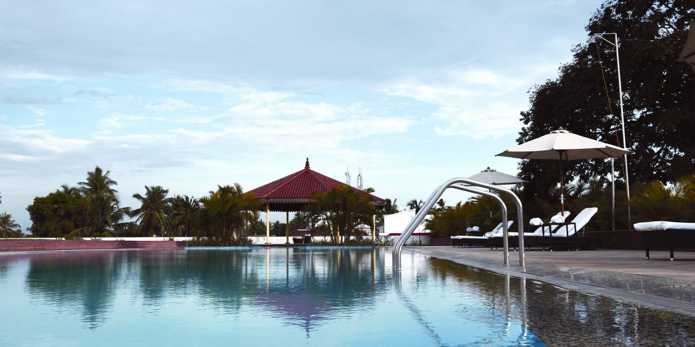 Play Pool Resort Scenic views water sky tree swimming pool Nature Lake shore day