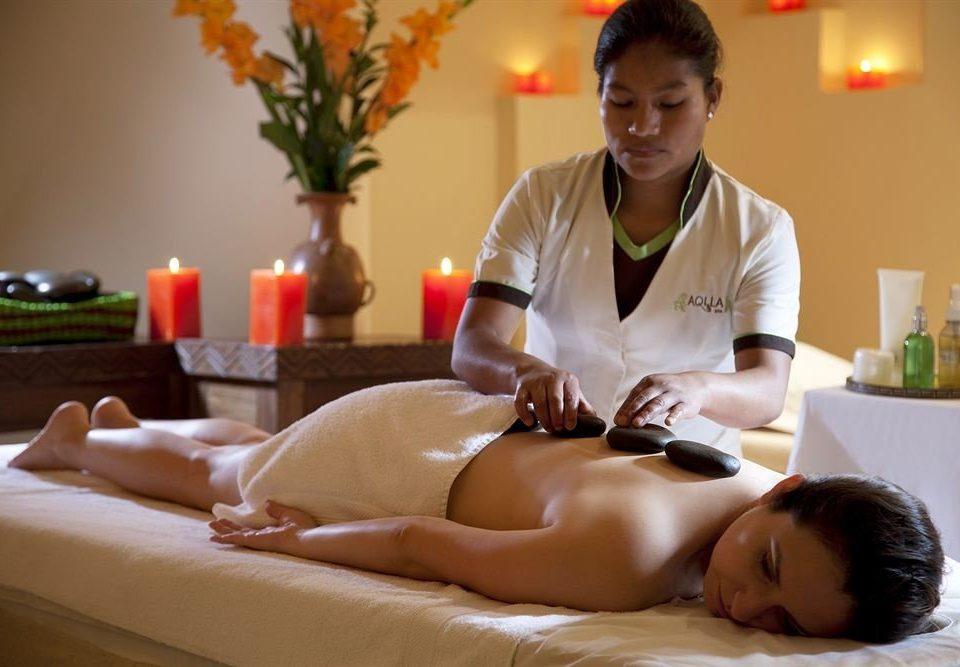 massage leg therapy