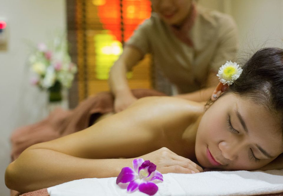 woman massage leg