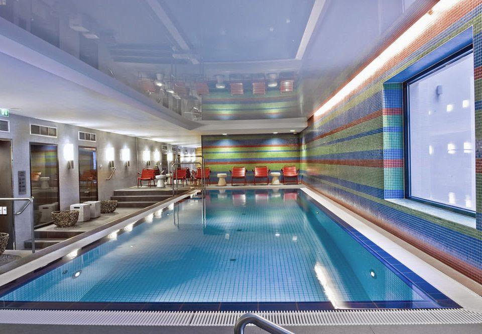 swimming pool leisure leisure centre platform subway