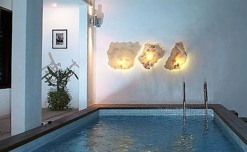 swimming pool property lighting mansion
