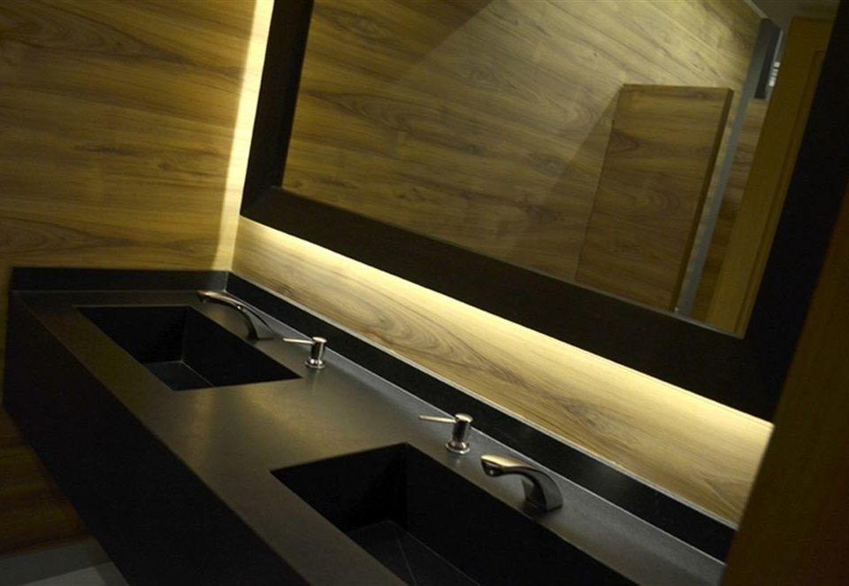 lighting plumbing fixture